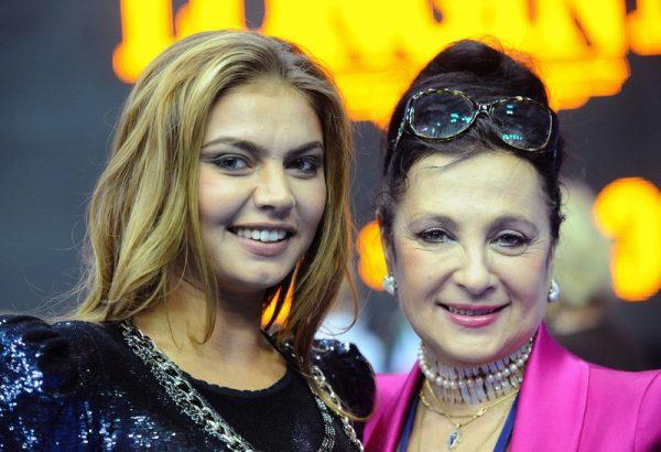 Ирина  Винер и Алина Кабаева, фото:hasortewondo.ru