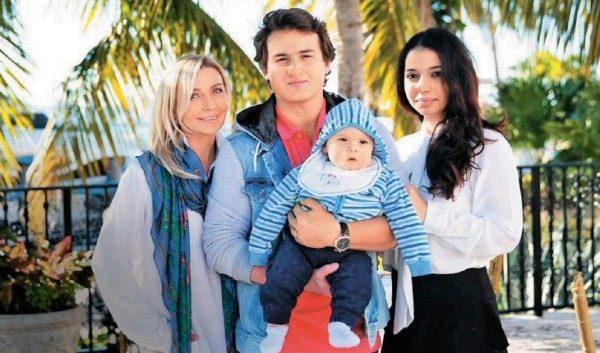 Татьяна Овсиенко с семьей сына