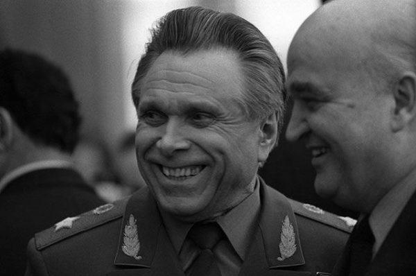 Николай Щёлоков