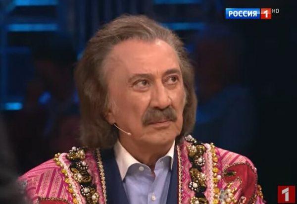 Фаррух Закиров
