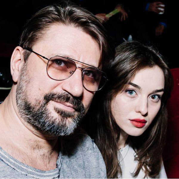 Виктор Логинов с женой
