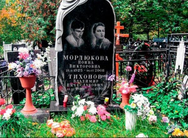 Терпела месть от нелюбимого, потеряла Тихонова из-за молодого кавказца, отказала Каморному и пожалела, била Михалкова и первой обнажилась в кино. Биография и личная жизнь Нонны Мордюковой