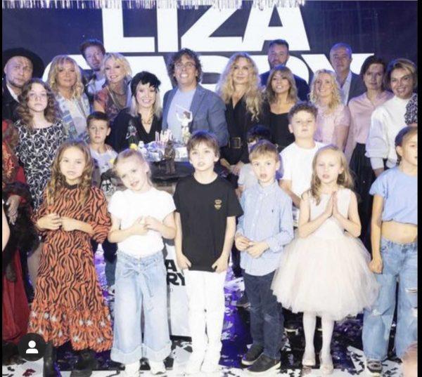 День Рождения Лизы и Гарри Галкиных, фото:paparazzi.ru