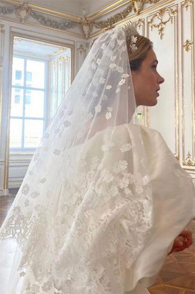 Вышла замуж принцесса, которая любит хохотать