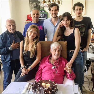 Семья Бельмондо в его день рождения. 2021 год. Фото gprus.org