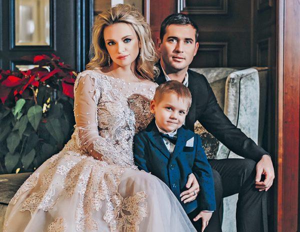 Александр Кержаков с бывшей женой и сыном