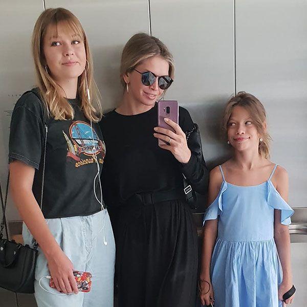 Вера Брежнева с дочками. Фото Инстаграм