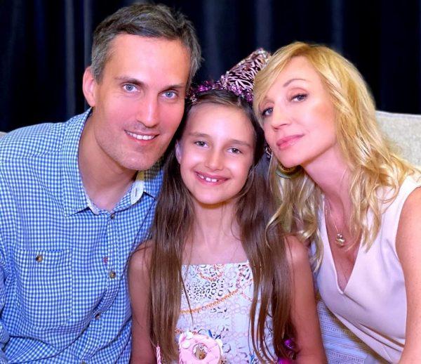 Кристина Орбакайте с дочерью и мужем, фото:cosmo.ru