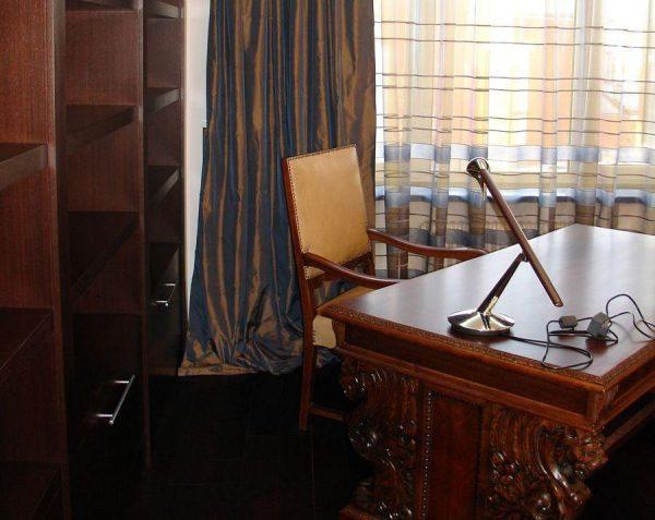 Рабочий стол Игоря Николаева
