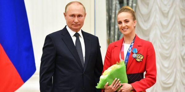 Мария Шурочкина и Владимир Путин, фото:news.sportbox.ru