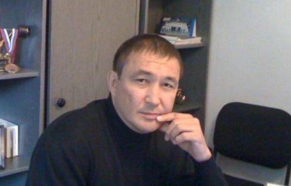 Родной отец Алишера Тагир Валеев