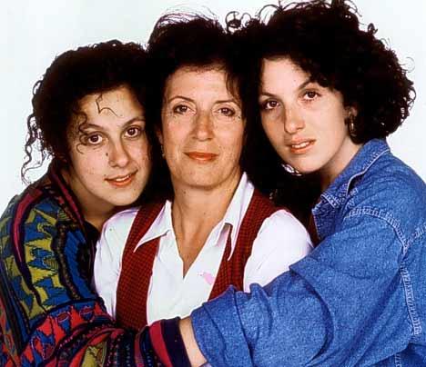 Анита Роддик с дочерьми