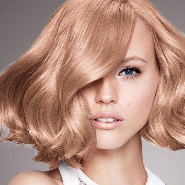 Стильное окрашивание сезона 2021-2022 для разной длины и оттенков волос - самые модные тенденции, фото