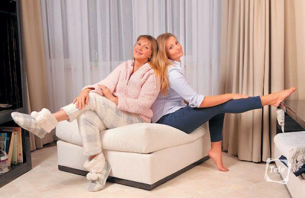 Елена Проклова с дочкой,