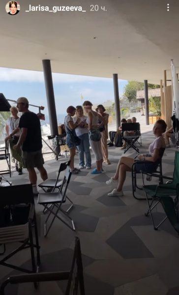 Гузеева показала съёмочную группу своего фильма