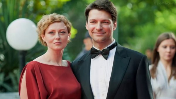 Даниил Страхов с женой. Фото stories-of-success.ru