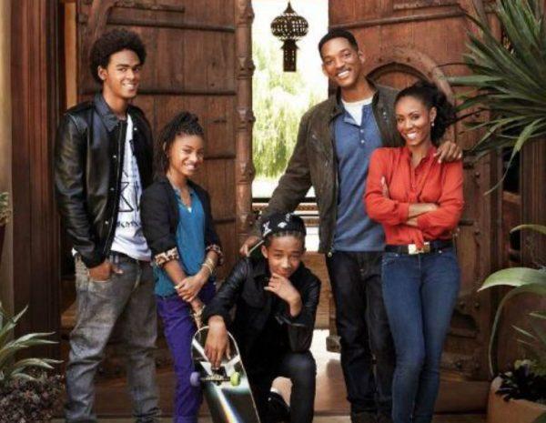 Уилл Смит с женой и детьми. Фото mt.wfc.tv