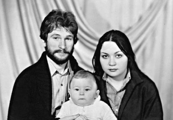 Игорь Тальков с женой Татьяной и сыном Игорем. Фото НТВ