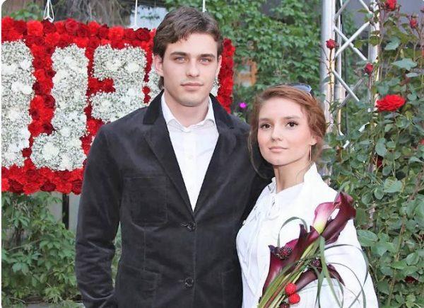 Василий Степанов и Дарья Егорова. Фото Стархит