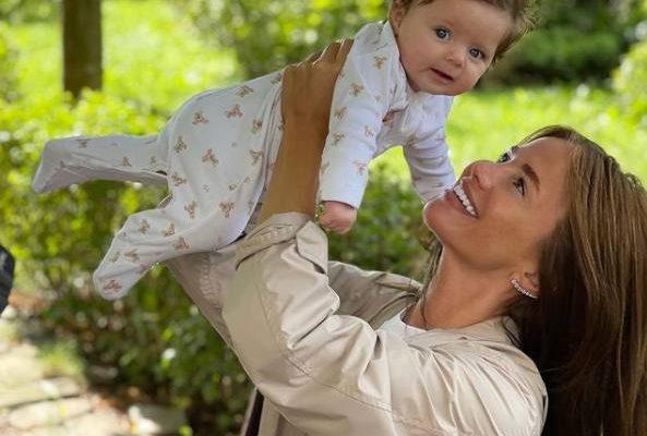 Алекса с дочкой. Фото Инстаграм