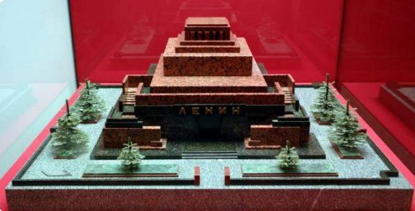 Проект каменного мавзолея. Фото Исторический фонд