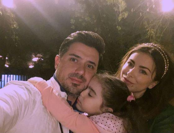 Ани Лорак с экс-мужем и дочкой