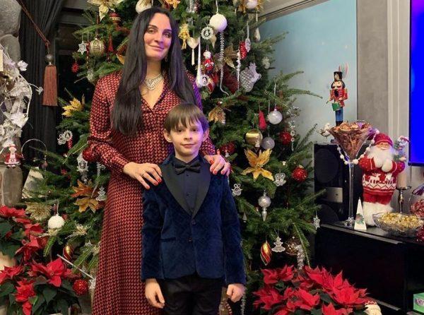 Елена Ваенга с сыном