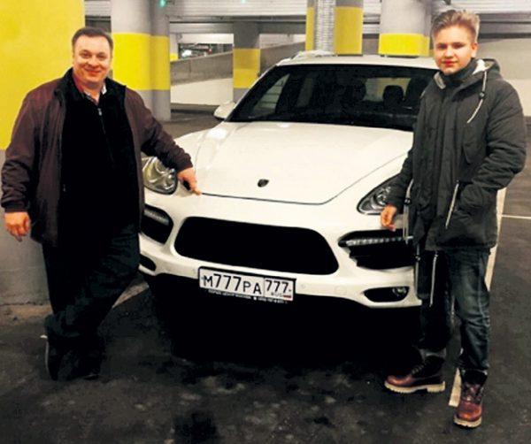 АНдрей Разин с Сашей незадолго до его гибели. Фото: Instagram.com