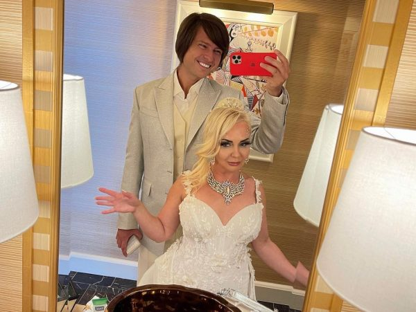 Свадебное фото Прохора Шаляпина и Татьяны Дэвис