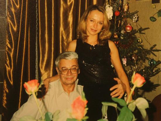 Анжелика Неволина с отчимом Александром Демьяненко. Фото mk.ru