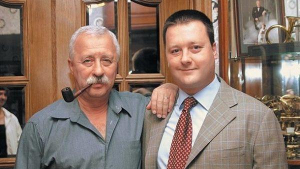 Леонид Якубович с сыном, фото: muzhyazheny.ru