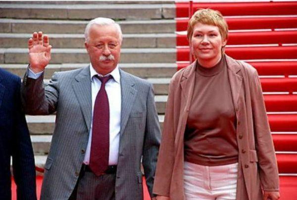 Леонид Якубович и Марина Видова. Фото rustars.tv